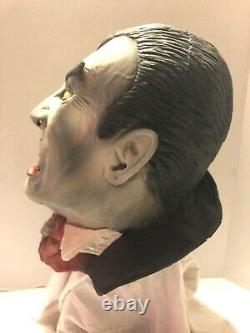 RARE VINTAGE ILLUSIVE CONCEPTS LATEX VAMPIRE MASK FULL HEAD #670671 circa 1996