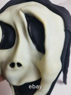 Rare Vintage Scream Ghostface Halloween Mask Fun World Div Stamp Hood Gen 1 VTG