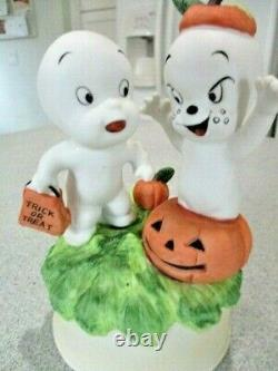 Vintage 1986 Casper the Friendly Ghost Halloween Trick or Treat music box RARE