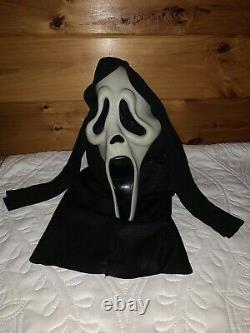 Vintage Glow In The Dark Halloween Fun World Scream Ghost Face Mask Rare