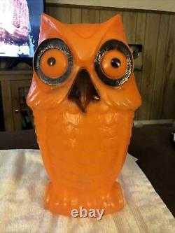 Vintage Halloween Owl Blow Mold Light- Excellent Used Condition. RARE PIECE