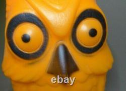 Vintage OWL Halloween plastic Blow Mold Light Up Rare nice colors blowmold 14