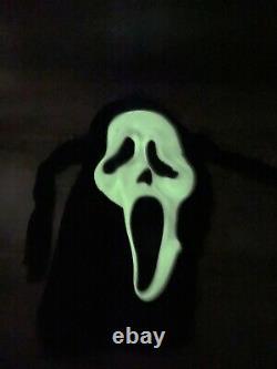 Vintage SCREAM Ghost Face Mask Fun World Div Gen RARE Glow Fantastic Faces 90s