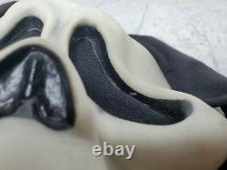 Vintage SCREAM GhostFace Mask Fun World Div Gen 1 Rare Glow Fantastic Faces 90s