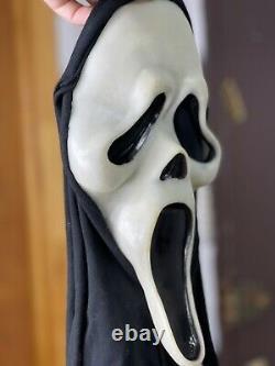 Vintage SCREAM Mask Gen 1 Ghost Face Fun World Div RARE Glow Fantastic Faces 90s
