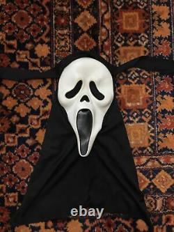Vintage Scream Ghostface Halloween Mask Easter Unlimited MK Rare 90s Horror