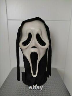 Vintage Scream Ghostface Mask EU MK Squinty Eyes Fun World Rare
