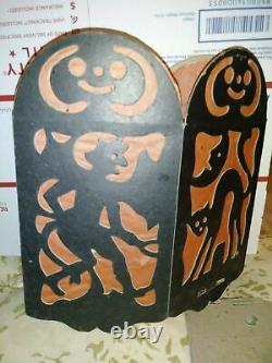 1 Vintage Halloween Diecut & Crepe Paper Lantern Made In USA 1920s Rare Find