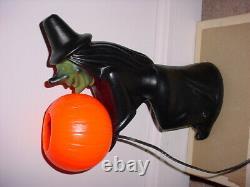 Rare Vintage Halloween Blow Mold Witch Holding Lumière Vers Le Haut Citrouille