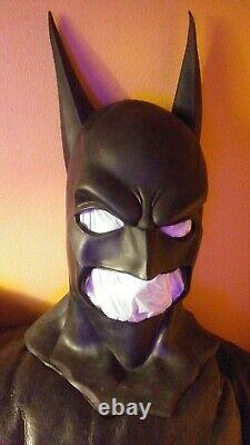 Vintage 1997 Batman Masque/cowl- DC Comics- Batman- Halloween- Rare