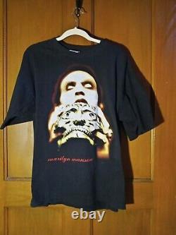 Vintage 1997 Marilyn Manson Original Tshirt XL Très Rare Skull Tour Shirt