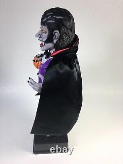 Vintage Halloween Holiday Creations Animated Dracula Vampire Motionette Rare Années 90