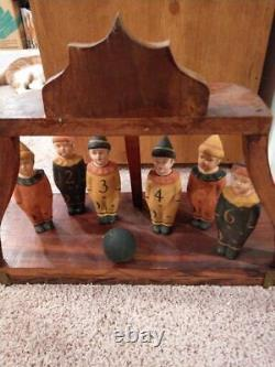 Vintage Halloween Style Jeu Brownie Bowling Pin Boy Figurines Rare