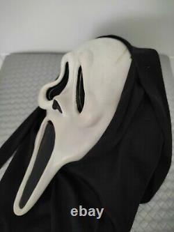 Vintage Scream Ghostface Masque Eu Mk Squinty Yeux Fun Monde Rare