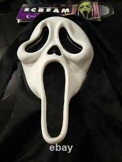 Vintage Tagged Scream Ghostface Mask Mk Stamp Asis Fun World Squinty Eyes Rare